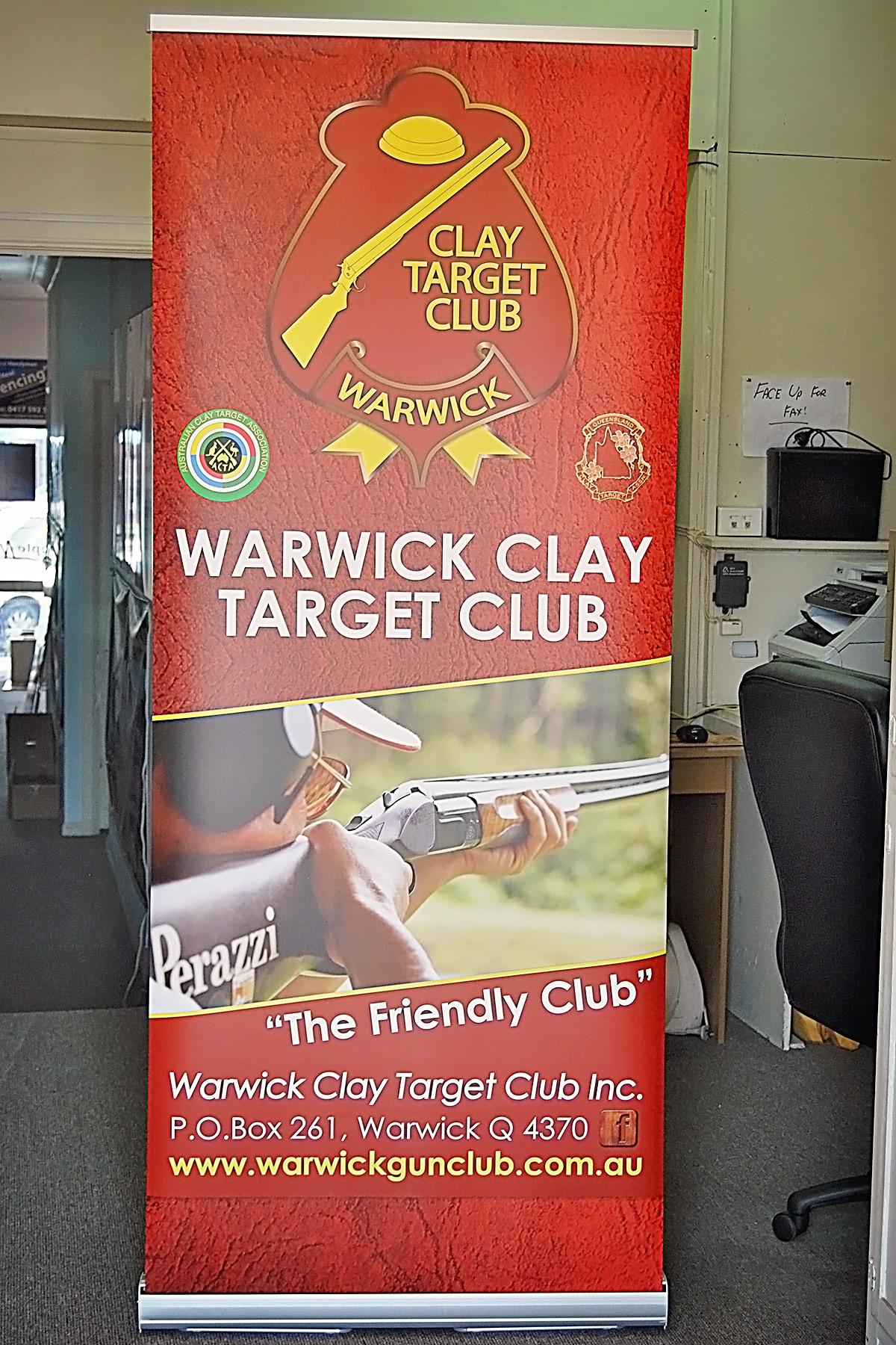 clay target retractable Banner
