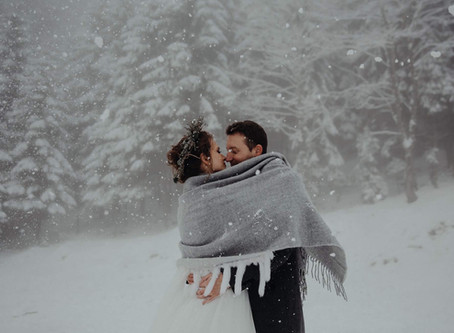 Discover the Magic - The Pros & Cons of a Winter Wedding