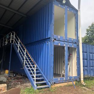Inicio de construcción en campamento