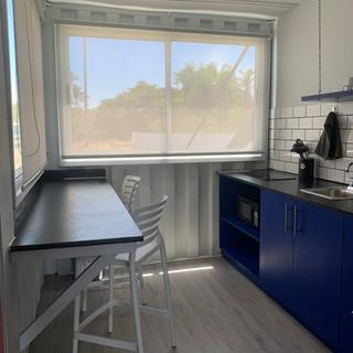 Habitaciones grandes / cocineta