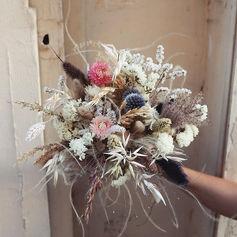 Dried flowers 🖤 pour _agencematahari.jp