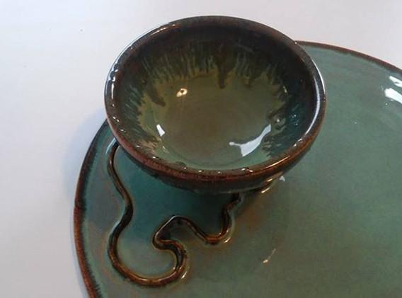 Bowl in platter