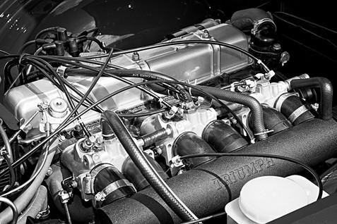 Classic Triumph TR6 Engine