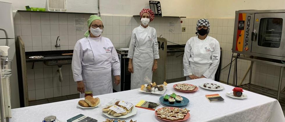 fotos-curso-de-cozinha-etec-combinando-palavras-srgio-vaz-11.jpeg