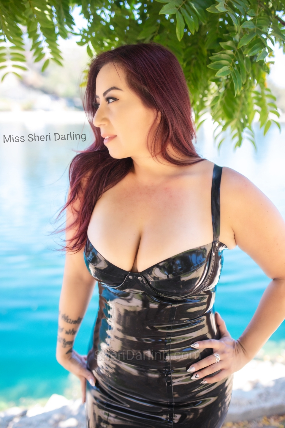 latina los angeles dominatrix latex in p