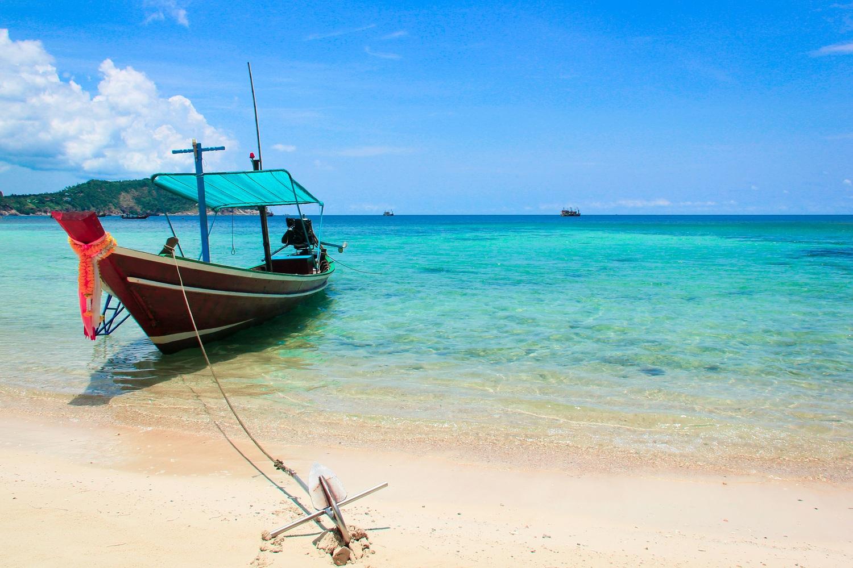 Thailand long tail boat travel photo