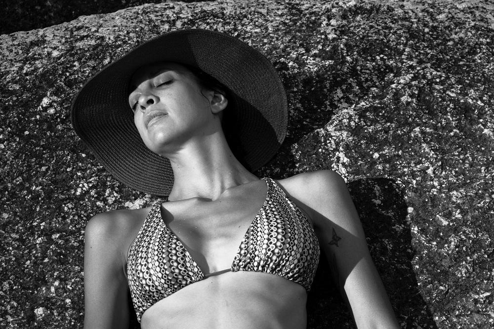 bikini model photo session