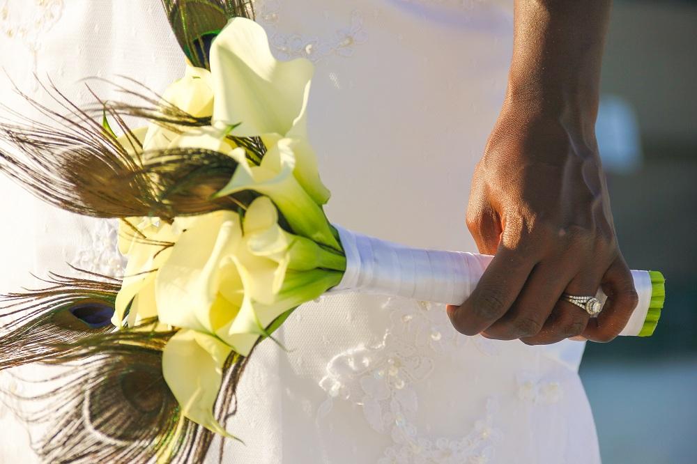 flower bouquet wedding photography