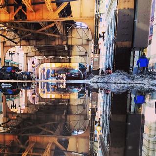 Begini Cara Mengatasi Mobil Matik yang Terendam Banjir