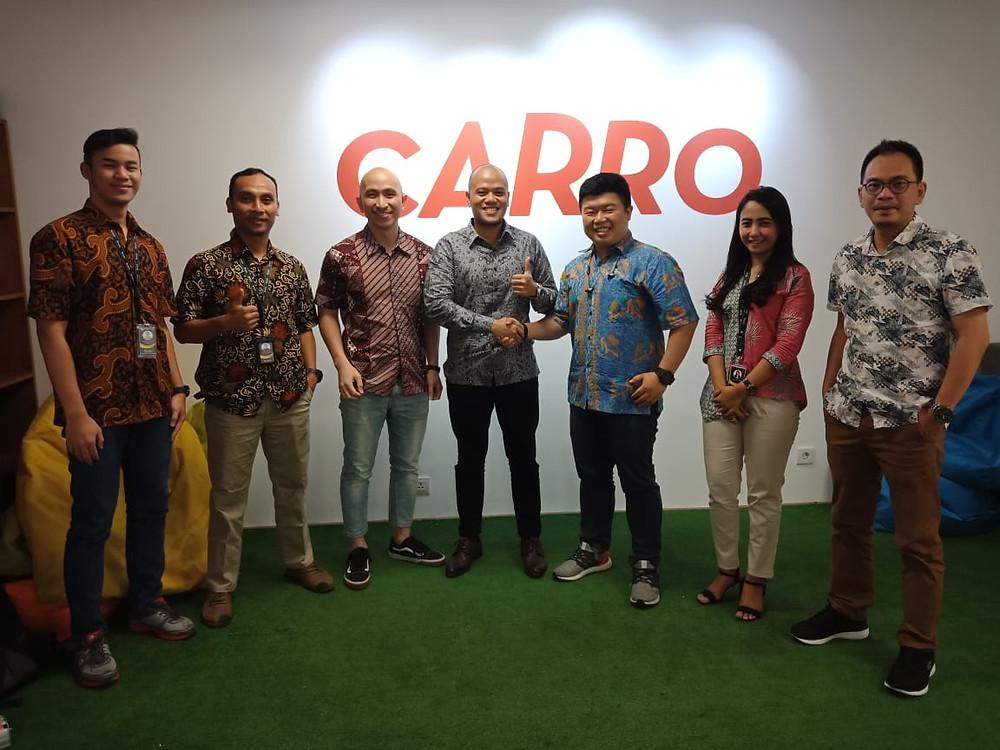 Founder dan CEO Brum, Bagus Mahadito dan tim bersama Aditya Lesmana, Co-Founder Carro dan tim di kantor Carro Indonesia, Jakarta Selatan