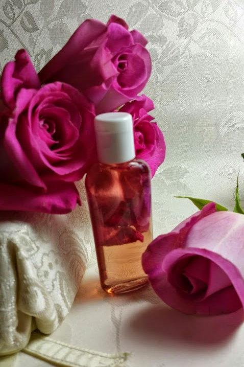 Pure Rose Water ~ 1 oz Bottle, Organic, 100% Natural, No Additives, No Preservat