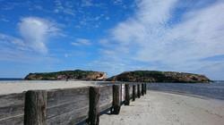 Middle Island & Stingray Bay
