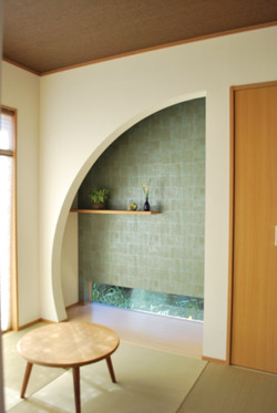 R壁を用いた和室