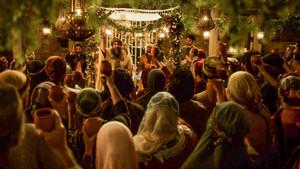 A toast at the wedding banquet.jpg