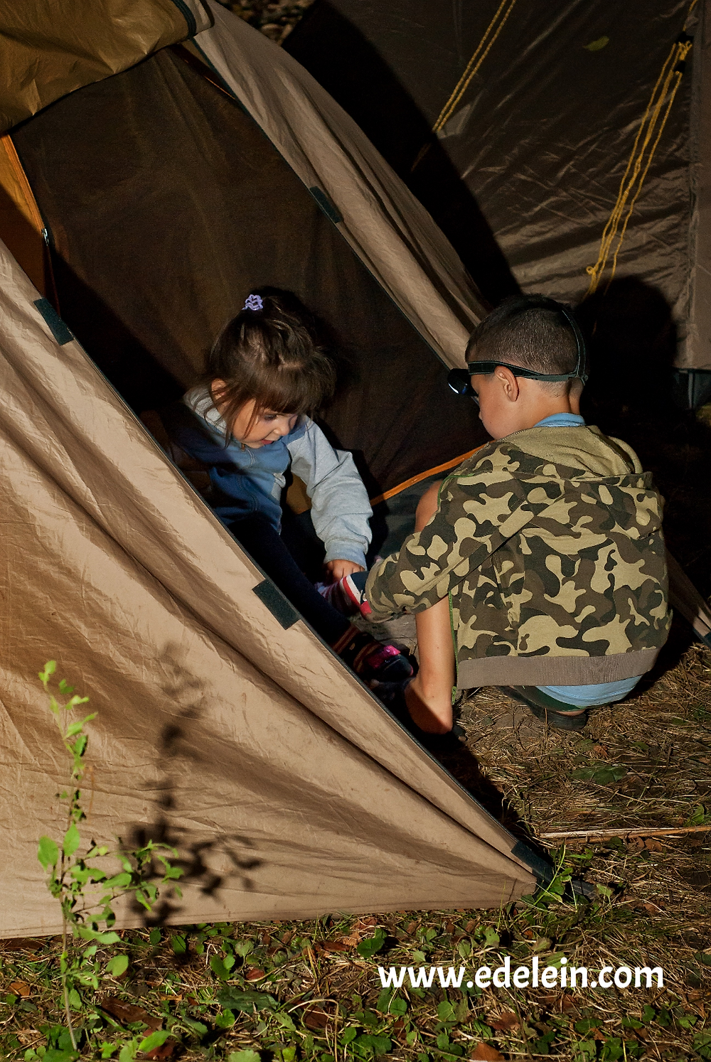 'Survivor' Backyard Camping with Kids