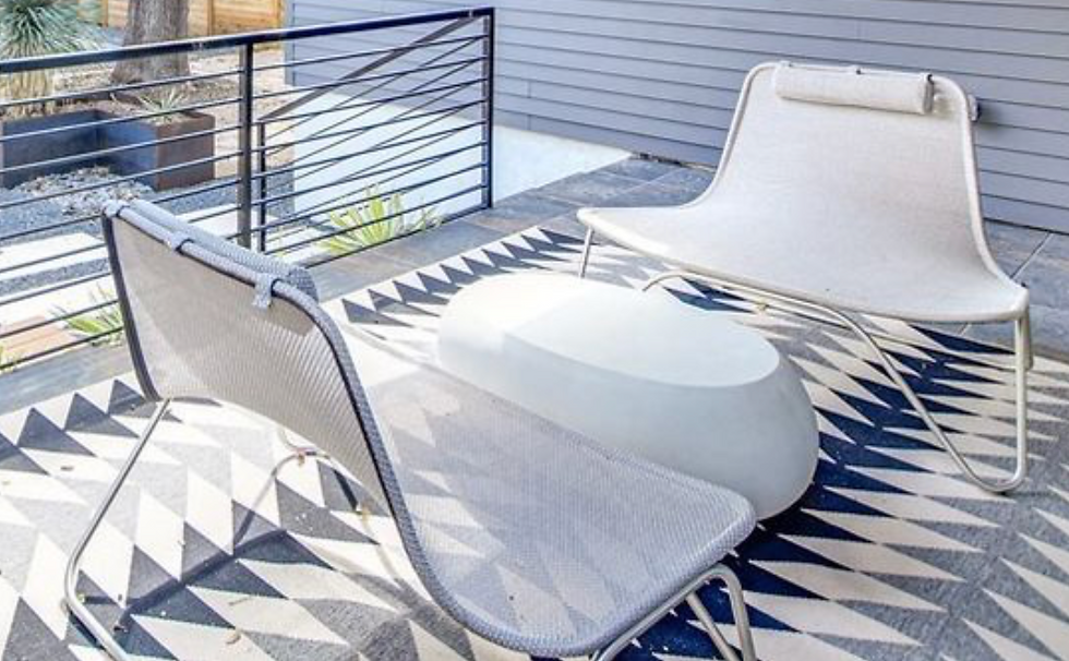 Erin - add this photo to the Dwell lounges outdoor chairs