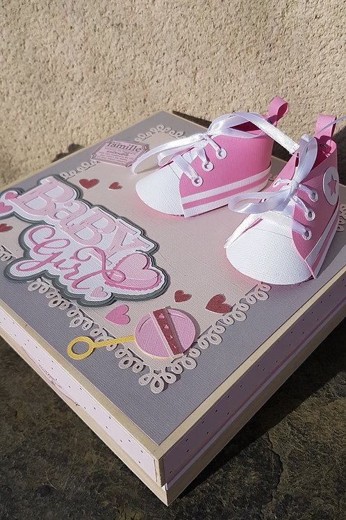 "Boite cadeau souvenirs ""baby girl"""
