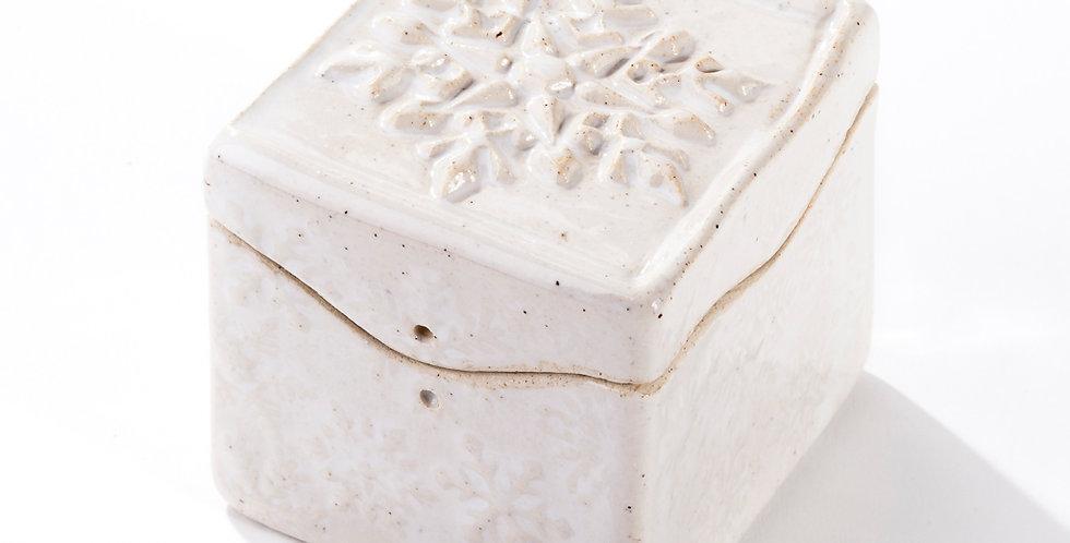 Itty Bitty Box - Snowflake - White Stoneware/Wax White