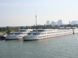 Wien – 10. und 11. April, Schulschiff