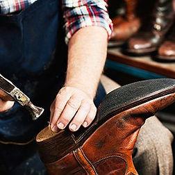 uslugi-remont-obuvi-ddce776e.jpeg