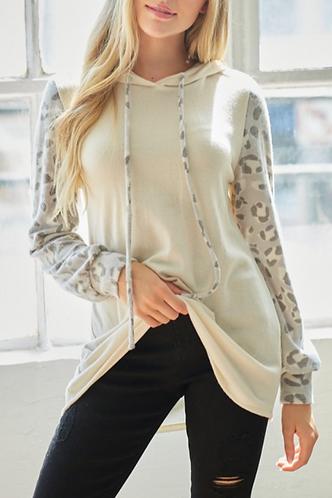 Fleece Hoodie With Leopard Print Sleeve