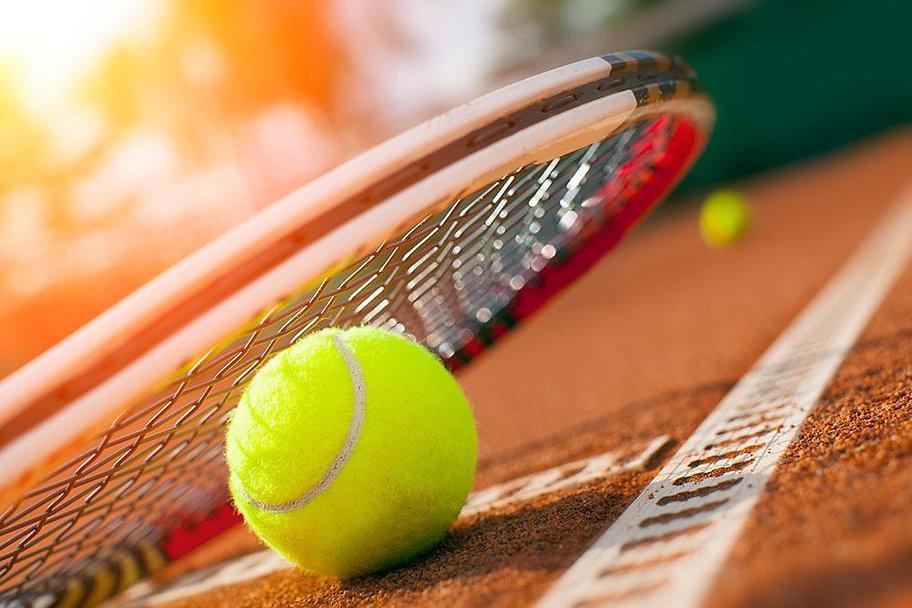 Ball_on_a_tennis_court_Wall_Mural_Wallpa