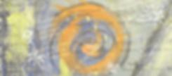 Auf einem graublauen Hintergrund sind Skizzen einer Palme, Sonne und Blume sichtbar