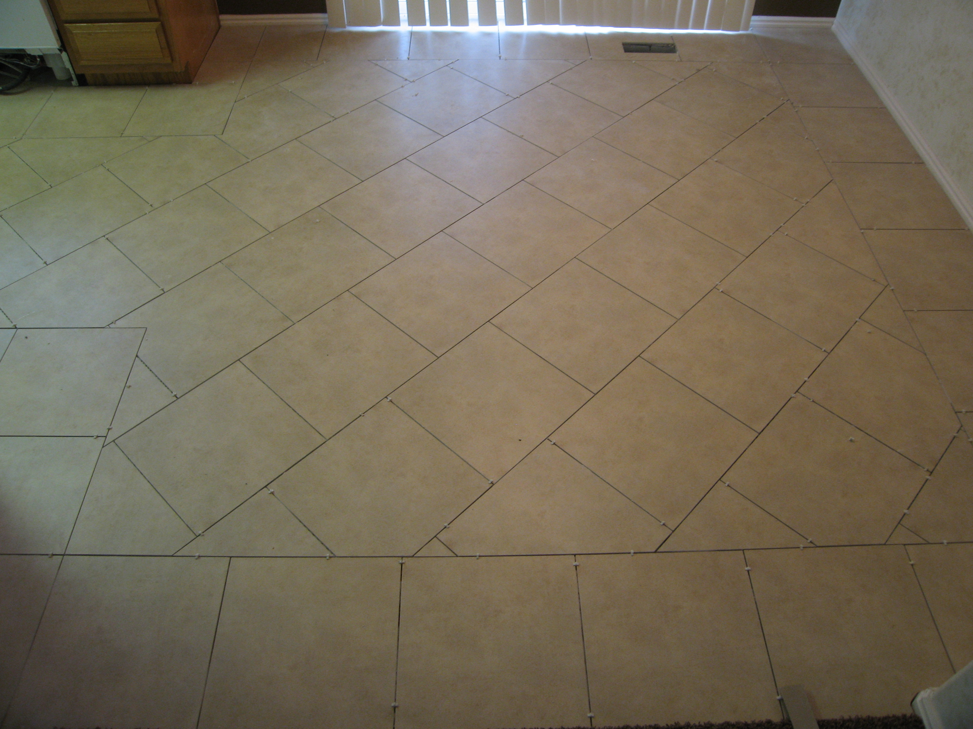 Josh's Kitchen Tile 026