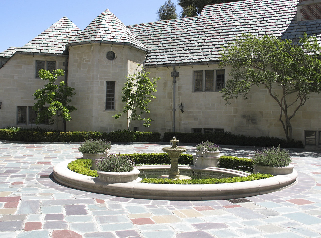 Doheny Greystone Mansion