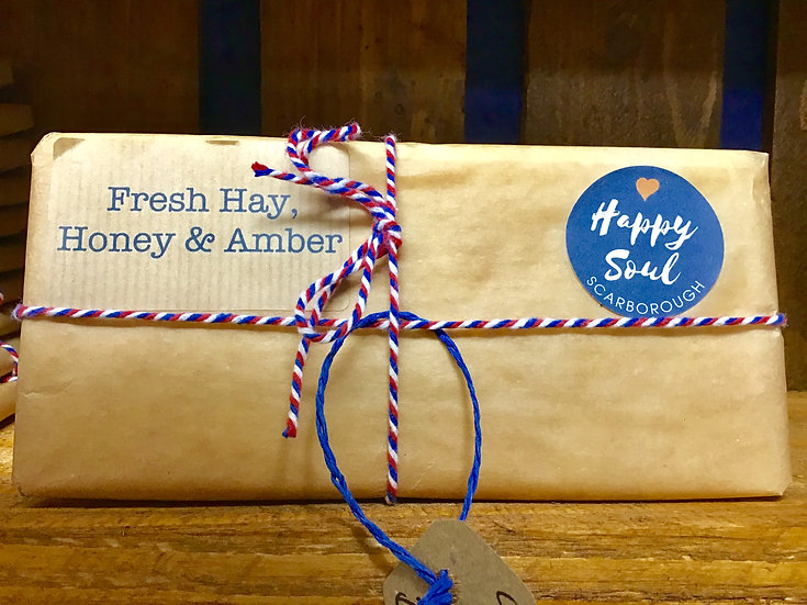 Soy Wax Melt Bar - Fresh Hay, Honey & Amber