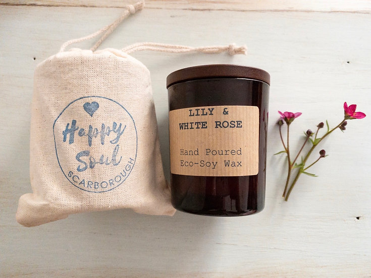 Soy Wax Candle - Lily & White Rose - 24 Hour Burn Time