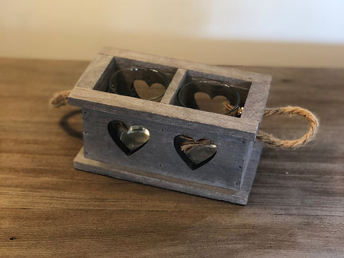 2 SPACE RUSTIC WOODEN HEART TRAY WITH HANDLES