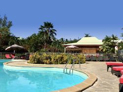 Residence-Le-Vallon-Guadeloupe-Reception-Piscine-2