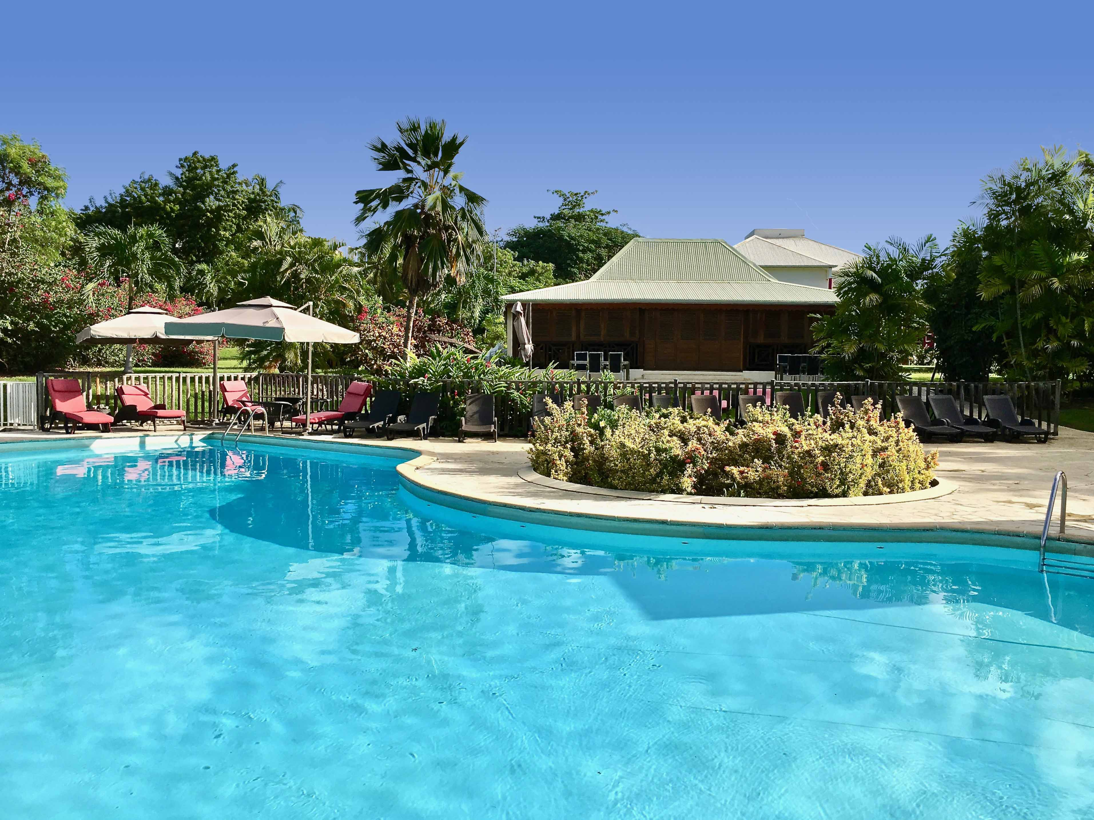 Residence-Le-Vallon-Guadeloupe-Het-Zwembad