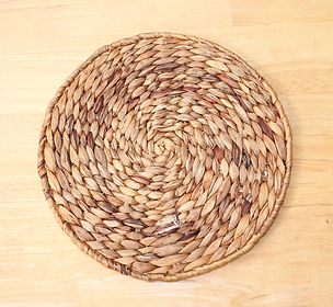 seagrass charger plate.JPG