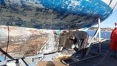 Carrénage et peinture antifouling d'un voilier