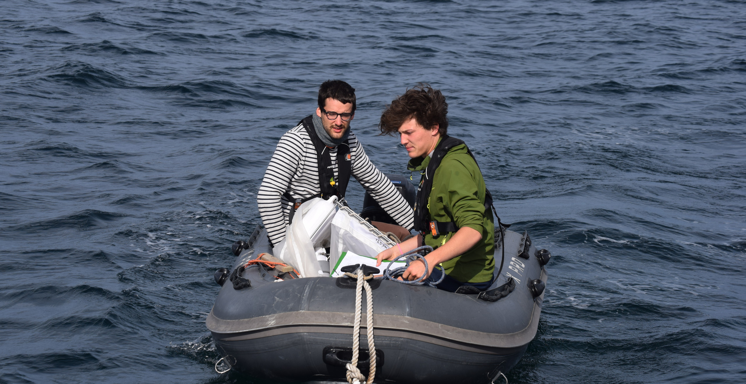 Test du relevé scientifique avec le filet manta