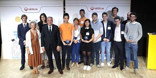 Sea Plastics remportant le prix du public de l'appel à projet de la Fondation Veolia