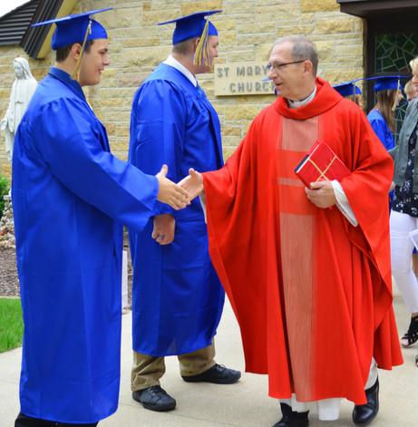 St Marys Graduates 20May18 4.jpg