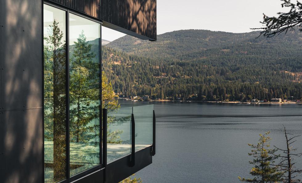 RAMM_Boundary Point Cabin – Christina Lake_Exterior_deck.jpg