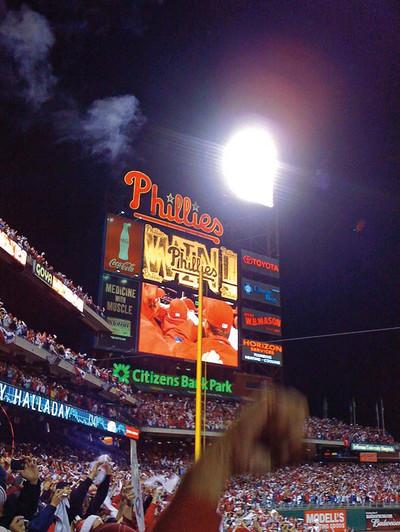Phillies Old Scoreboard.jpg