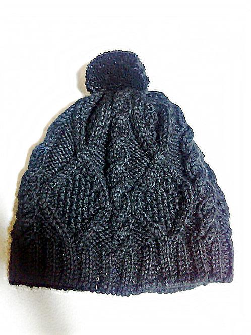 アラン模様の暖かいニット帽