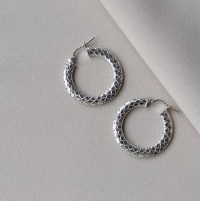 Eleonara Hoop earrings