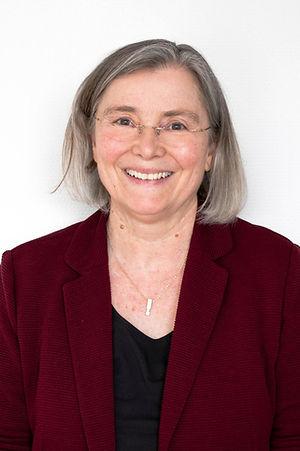 Angelika Weiß-Schäfer, Ärztin für Psychiatrie, Psychotherapie und Psychosomatische Medizin bei Brainpunkt Bad Camberg ihrer Praxis für Neurologie, Psychiatrie und Psychotherapie