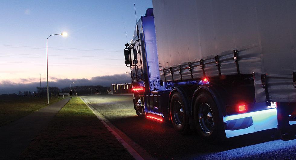 HELLA-DuraLED-Truck.jpg