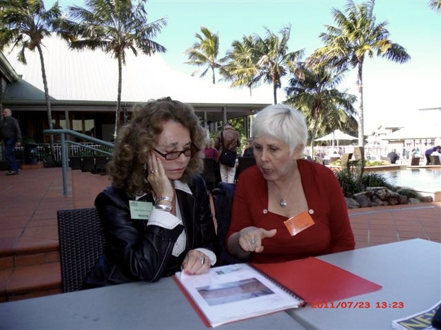 Linda Moulten Howe with Mary Rodwell at the 2011 Nexus Conference