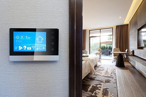 KNX-Control-in-Hotel-min-e1544012229520.