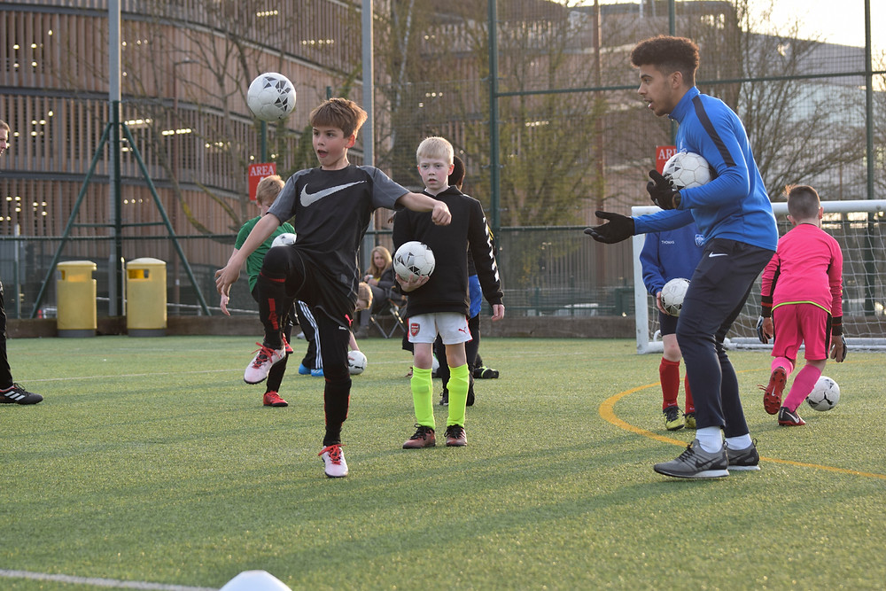 Bracknell football, Ball manipulation, controlling a football, Bracknell football classes