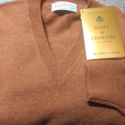 Scott & Charters V-Neck Sweater in Tawney*