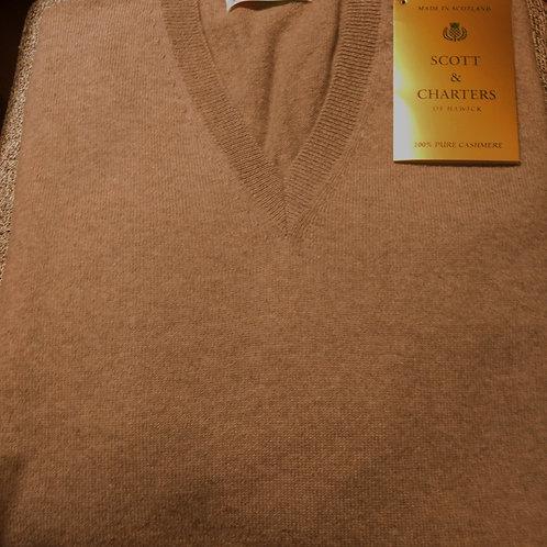 Scott &Charters V-Neck Sweater in Dark Natural*